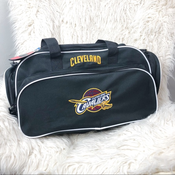 the latest 31ca8 163c1 NEW NBA Store Cleveland Cavaliers Duffel Bag NWT